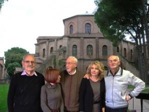 Da sinistra Riccardo Ravaglia (presidente), Cinzia Medi, Riccardo Pasini, Gabriella Francia (Vice Presidente, Giorgio Ravaioli (segretario e e webmaster).